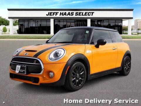 2018 MINI Hardtop 2 Door for sale at JEFF HAAS MAZDA in Houston TX