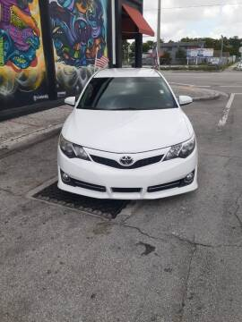 2014 Toyota Camry for sale at Rosa's Auto Sales in Miami FL