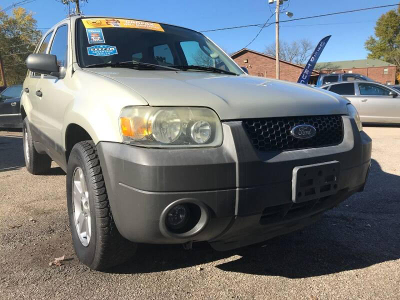 2006 Ford Escape for sale at King Louis Auto Sales in Louisville KY