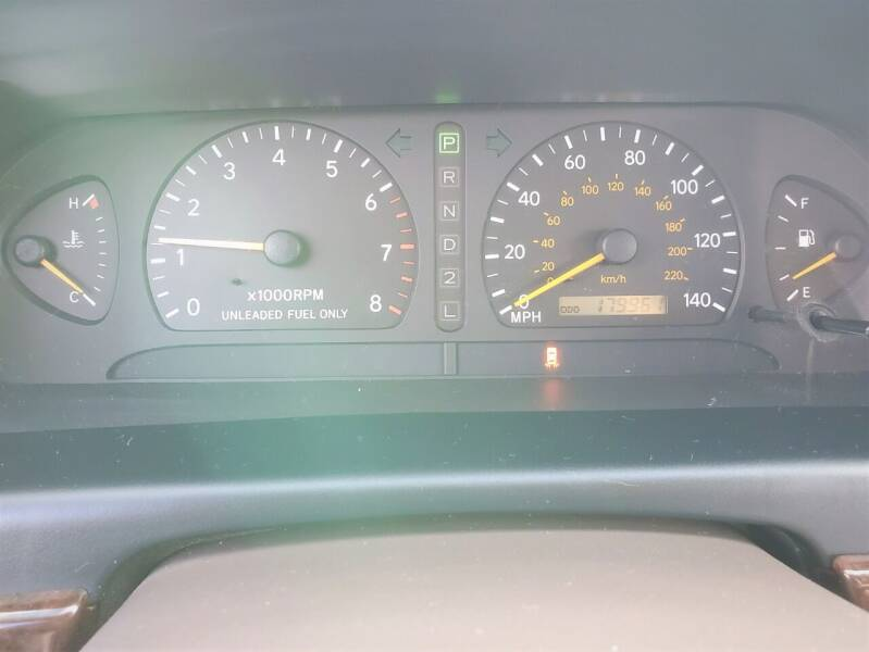 1999 Toyota Avalon XLS 4dr Sedan - Ankeny IA