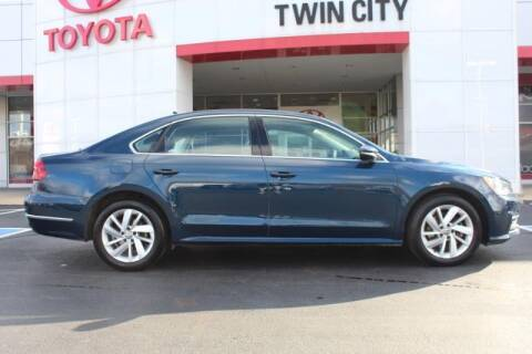 2018 Volkswagen Passat for sale at Twin City Toyota in Herculaneum MO