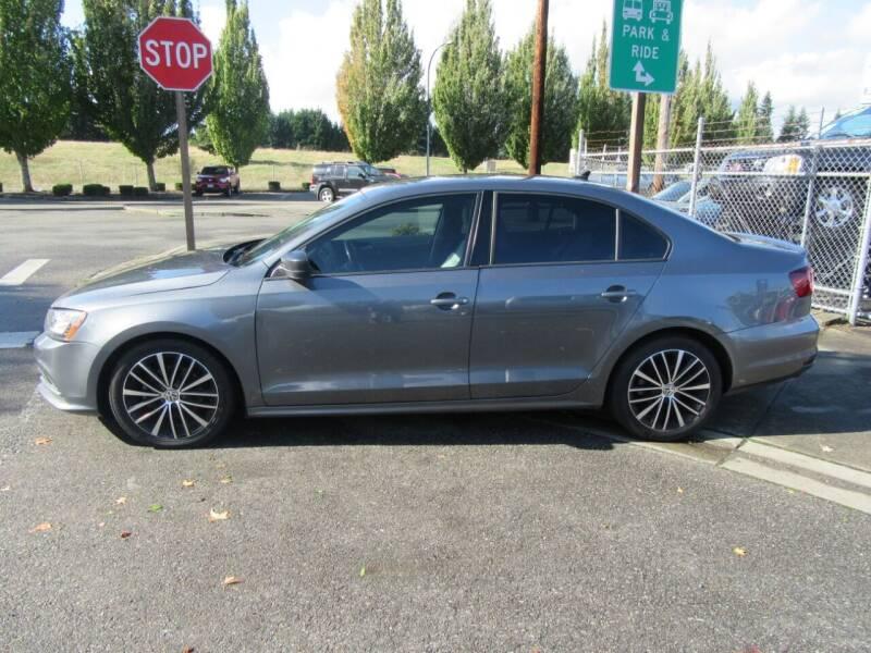 2016 Volkswagen Jetta for sale at Car Link Auto Sales LLC in Marysville WA