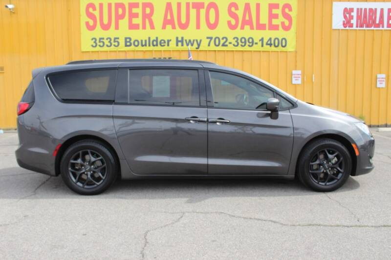 2018 Chrysler Pacifica for sale at Super Auto Sales in Las Vegas NV