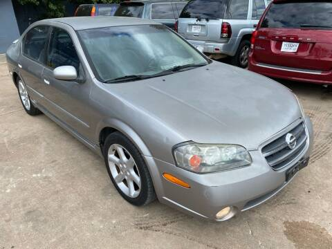 2002 Nissan Maxima for sale at Cash Car Outlet in Mckinney TX