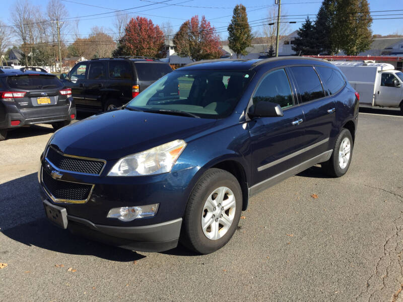 2010 Chevrolet Traverse for sale at Candlewood Valley Motors in New Milford CT