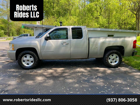 2009 Chevrolet Silverado 1500 for sale at Roberts Rides LLC in Franklin OH