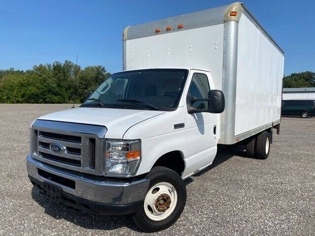 2013 Ford E-Series Chassis for sale in Hamler, OH