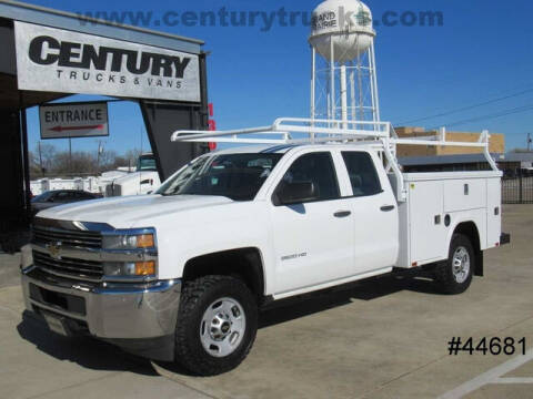 2015 Chevrolet Silverado 2500HD for sale at CENTURY TRUCKS & VANS in Grand Prairie TX