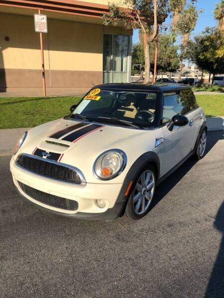 2007 MINI Cooper for sale at California Auto Trading in Bell CA