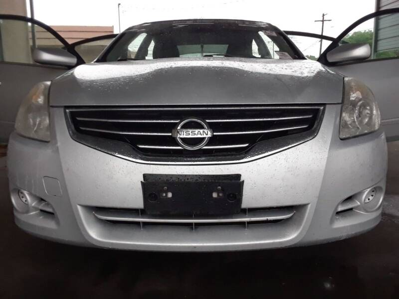 2012 Nissan Altima for sale at Auto Haus Imports in Grand Prairie TX