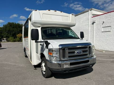 2015 Ford E-Series Chassis for sale at LUXURY AUTO MALL in Tampa FL