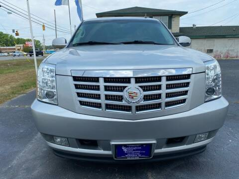 2011 Cadillac Escalade for sale at Greenville Motor Company in Greenville NC