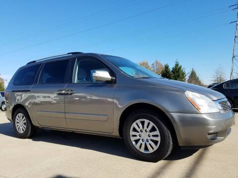 2011 Kia Sedona for sale at CarNation Auto Group in Alliance OH