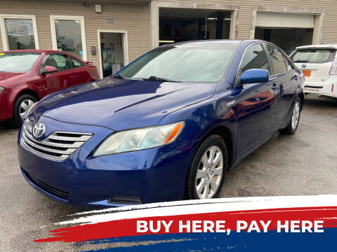 2009 Toyota Camry Hybrid for sale at Global Auto Finance & Lease INC in Maywood IL