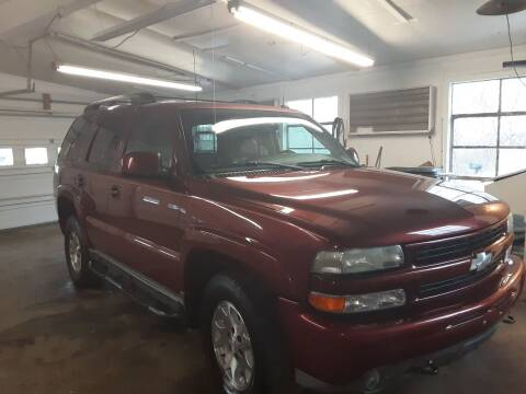 2003 Chevrolet Tahoe for sale at Bates Auto & Truck Center in Zanesville OH
