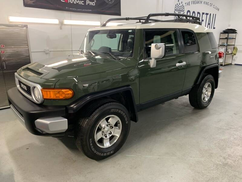 2010 Toyota FJ Cruiser for sale at The Car Buying Center in Saint Louis Park MN