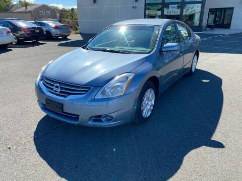 2012 Nissan Altima for sale at MAGIC AUTO SALES in Little Ferry NJ