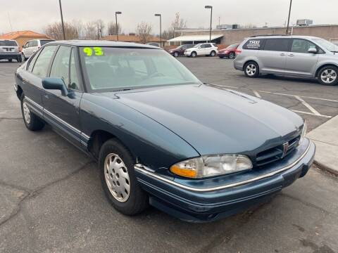 1993 Pontiac Bonneville for sale at Robert Judd Auto Sales in Washington UT