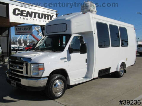 2016 Ford E-Series Chassis for sale at CENTURY TRUCKS & VANS in Grand Prairie TX