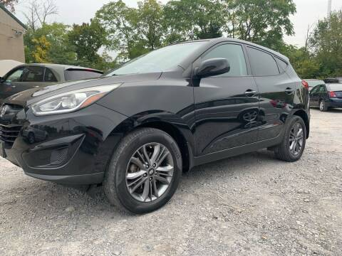 2015 Hyundai Tucson for sale at GET N GO USED AUTO & REPAIR LLC in Martinsburg WV