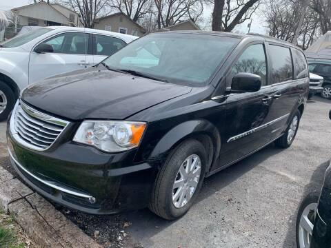 2015 Chrysler Town and Country for sale at Capital Mo Auto Finance in Kansas City MO