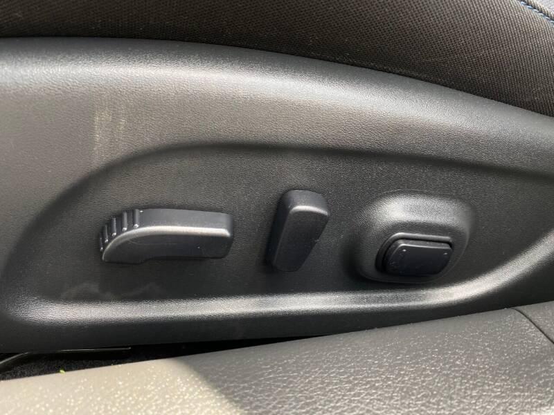 2017 Nissan Altima 2.5 SR 4dr Sedan - Harrisonburg VA