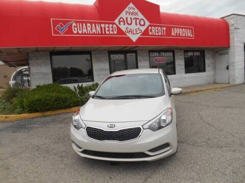 2015 Kia Forte for sale at Oak Park Auto Sales in Oak Park MI