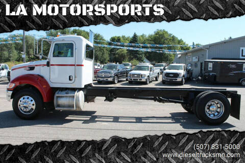 2009 Peterbilt 335 for sale at LA MOTORSPORTS in Windom MN