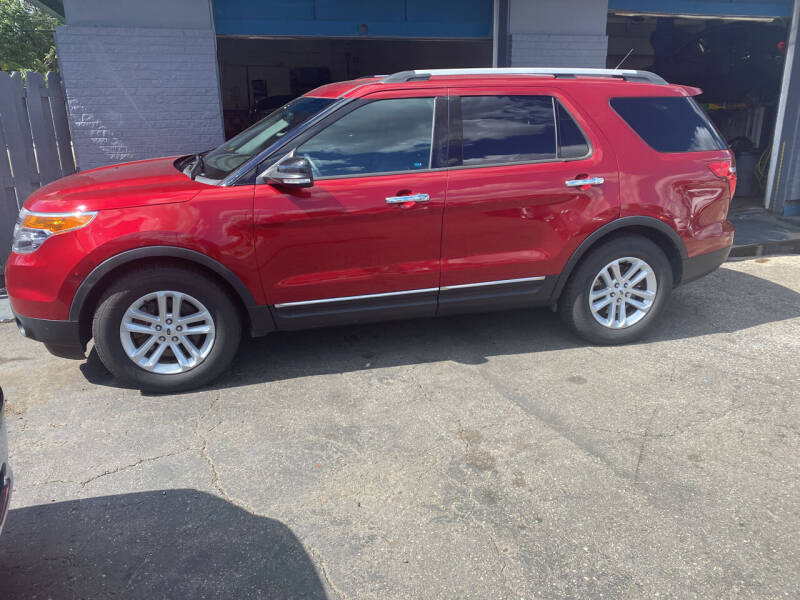 2015 Ford Explorer for sale at Lee's Auto Sales in Garden City MI