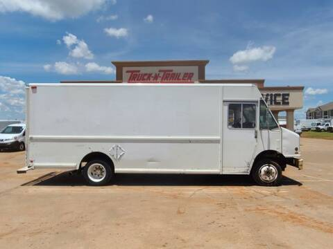1998 Freightliner MT55 Chassis for sale at TRUCK N TRAILER in Oklahoma City OK
