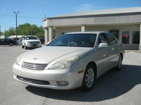2004 Lexus ES 330 for sale at Premier Motor Co in Springdale AR