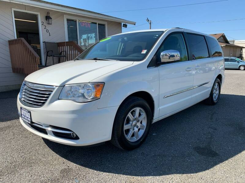 2011 Chrysler Town and Country for sale at AUTOTRACK INC in Mount Vernon WA