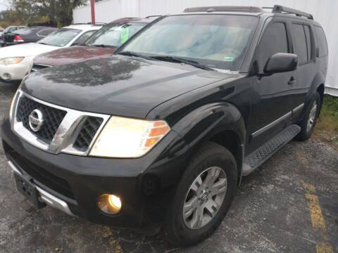 2008 Nissan Pathfinder for sale at Best Deal Motors in Saint Charles MO