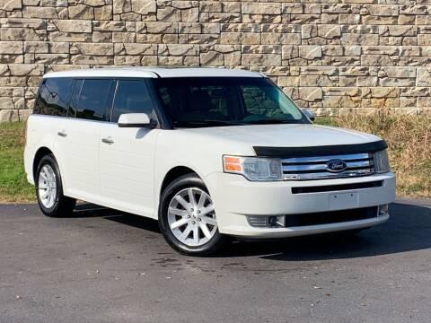 2009 Ford Flex for sale at Car Hunters LLC in Mount Juliet TN