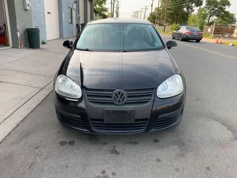 2008 Volkswagen Jetta for sale at SUNSHINE AUTO SALES LLC in Paterson NJ