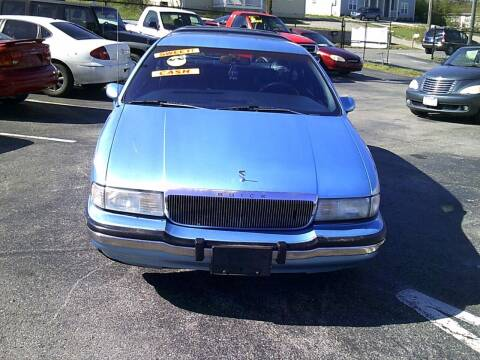 1992 Buick Roadmaster for sale at Mitchell Motor Company in Madison TN
