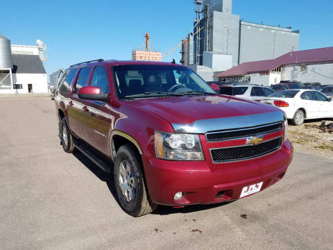 2007 Chevrolet Suburban for sale at J & S Auto Sales in Thompson ND
