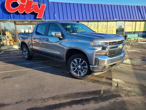 2020 Chevrolet Silverado 1500 for sale at CITY SELECT MOTORS in Galesburg IL