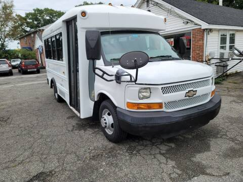 2008 Chevrolet R/V 3500 Series for sale at Plum Auto Works Inc in Newburyport MA