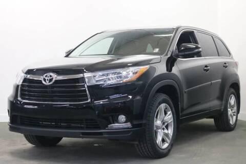 2015 Toyota Highlander for sale at Clawson Auto Sales in Clawson MI
