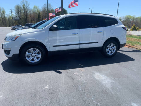 2013 Chevrolet Traverse for sale at Doug White's Auto Wholesale Mart in Newton NC