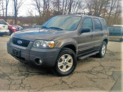 2005 Ford Escape for sale at Sussex County Auto & Trailer Exchange -$700 drives in Wantage NJ