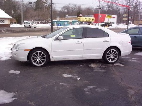2009 Ford Fusion for sale at LAKESIDE MOTORS LLC in Houghton Lake MI