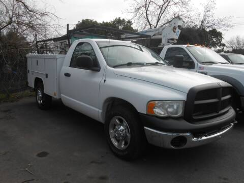 2005 Dodge Ram Pickup 2500 for sale at Armstrong Truck Center in Oakdale CA