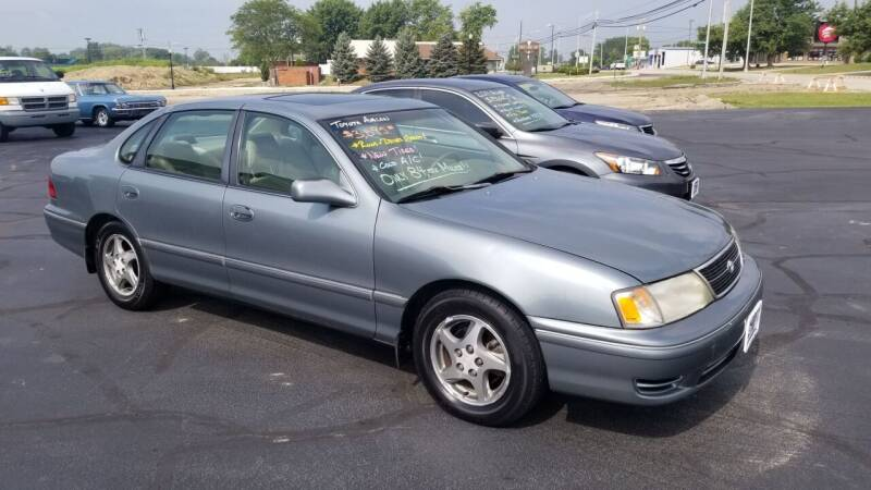 1999 Toyota Avalon for sale at Larry Schaaf Auto Sales in Saint Marys OH