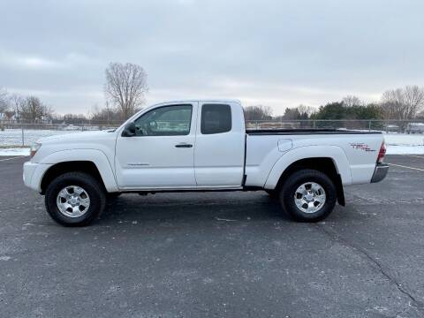 2010 Toyota Tacoma for sale at Caruzin Motors in Flint MI