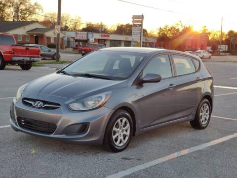2013 Hyundai Accent for sale at Loco Motors in La Porte TX