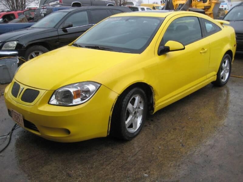 2008 Pontiac G5 for sale at CARZ R US 1 in Armington IL