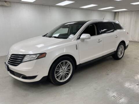 2018 Lincoln MKT for sale at Kerns Ford Lincoln in Celina OH