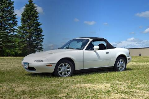 1991 Mazda MX-5 Miata for sale at Hooked On Classics in Watertown MN
